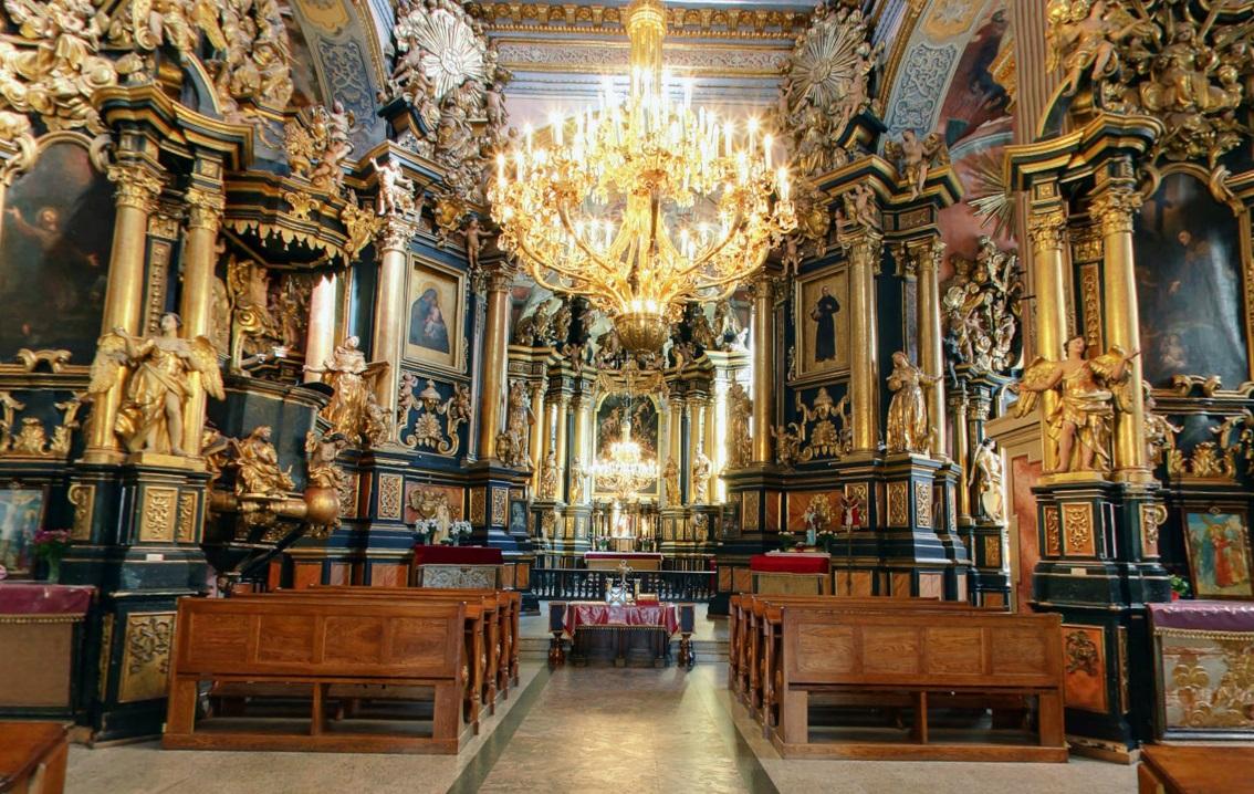У Відні вчинили озброєний напад на церкву