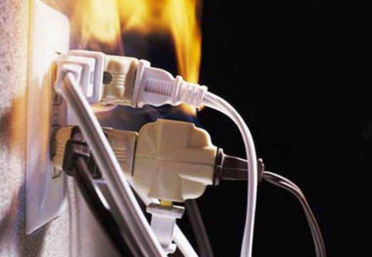 На Волині замикання електропроводки спричинило три пожежі