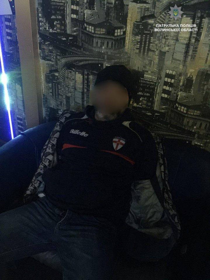 У Луцьку чоловік погрожував підірвати інтернет-кафе