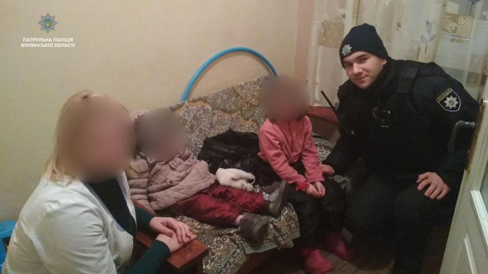 У Луцьку горе-матір кинула двох дітей на співмешканця
