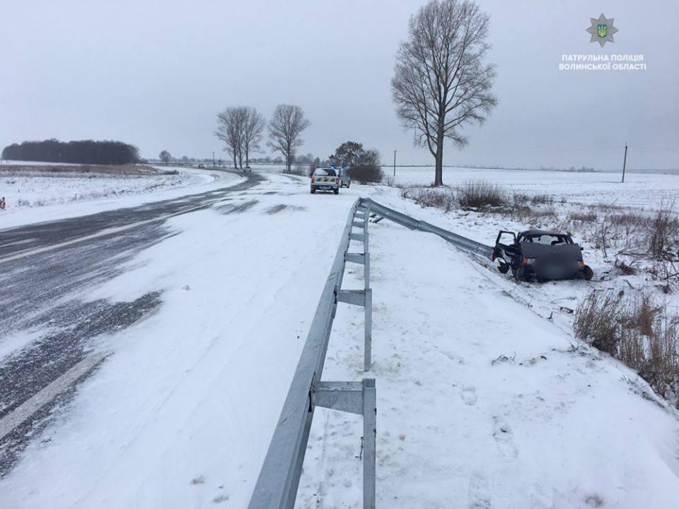 На Волині через складні погодні умови трапились кілька автопригод