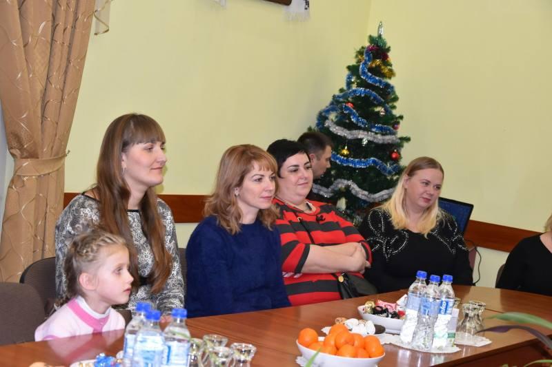У Луцькраді відбулась зустріч з вдовами атовців. ФОТО