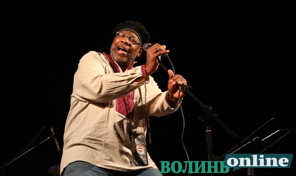 Інспірована музика та імпровізація від легенди світового джазу – другий день «Jazz Bez» у Луцьку. ФОТО