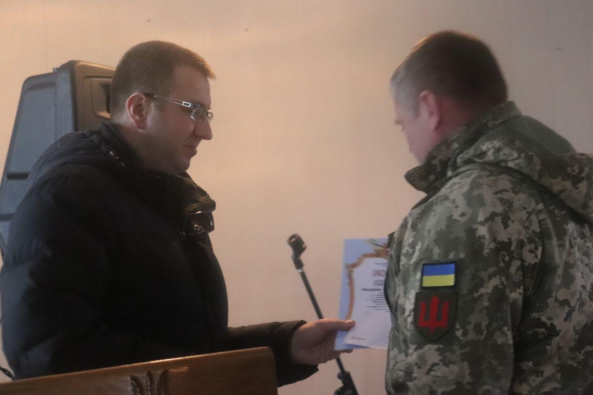 У Володимирі-Волинському військовослужбовцям вручили грошові нагороди