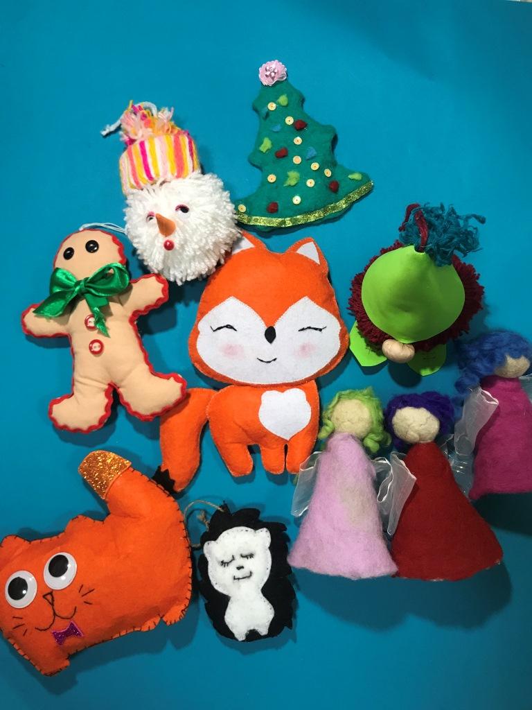На Донеччині шили іграшки, аби допомогти онкохворим волинянам. ФОТО
