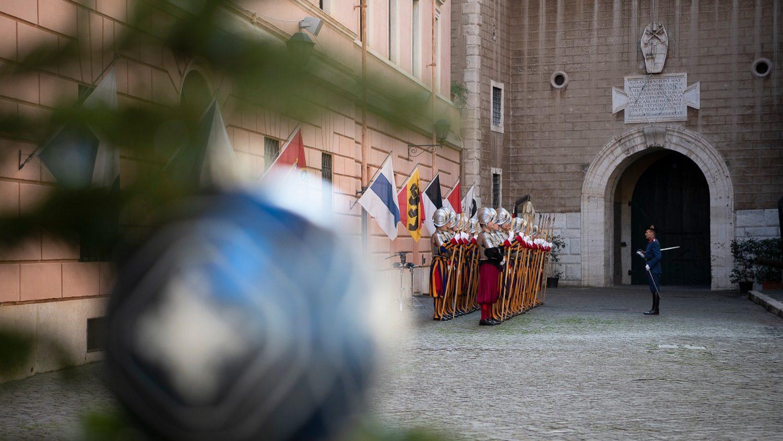 Різдвяні побажання від Папської Швейцарської Гвардії
