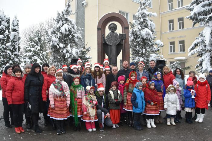 У Луцьку відбулася акція до Дня всятого Миколая. ФОТО