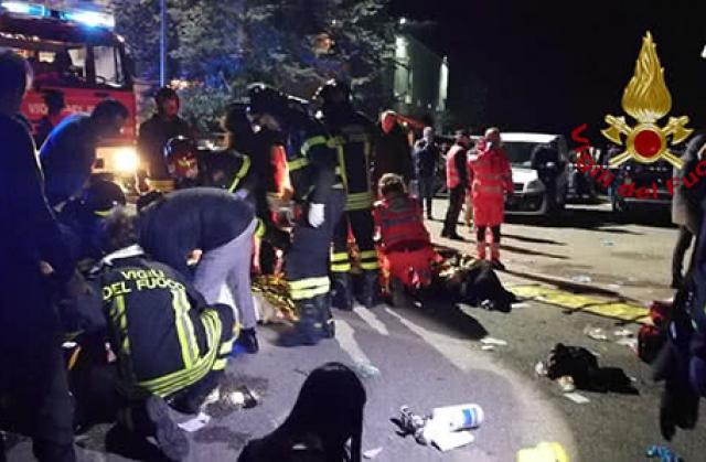 В Італії через тисняву в нічному клубі загинули люди