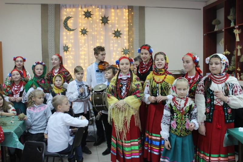 У Луцьку розпочала роботу «Різдвяна майстерня». ФОТО
