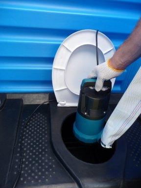 У Луцькраді витратять майже 70 тисяч гривень на обслуговування мобільних туалетів