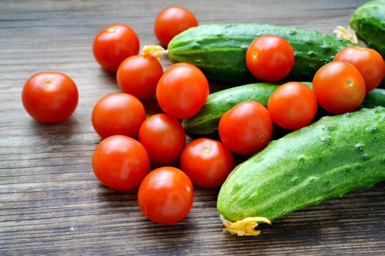 У луцькі дитсадки та табір закуплять овочів та фруктів на понад два мільйони гривень