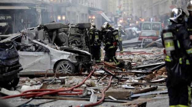 Вибух у центрі Парижа: 4 загиблих, понад три десятки постраждали