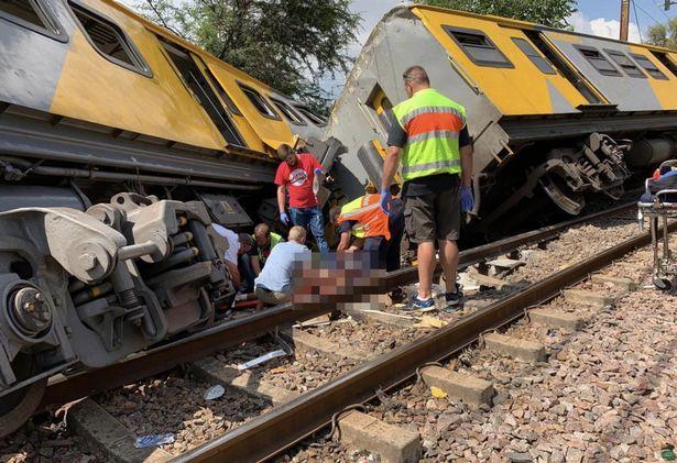 У ПАР зіткнулися два потяги: троє загиблих, понад 200 поранених