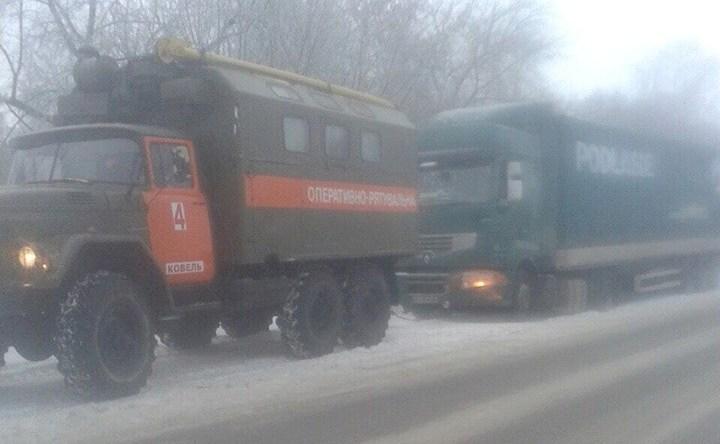 На Волині рятувальники витягли три авто із кюветів
