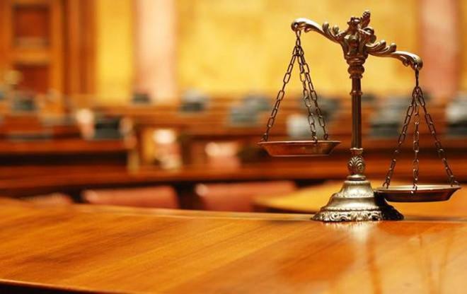 Керівництво ОДА вважає, що депутати Волиньради тиснуть на судову гілку області