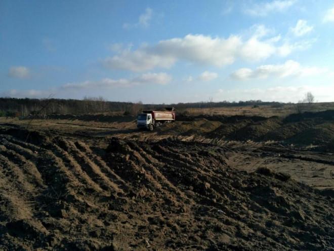 Триває будівництво полігону для сміття у Володимир-Волинському