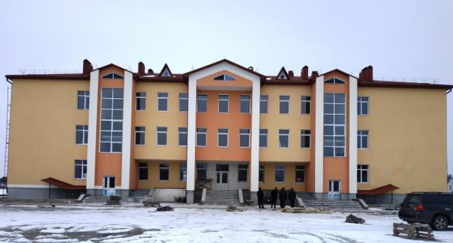 У селі на Волині добудовують школу. ФОТО