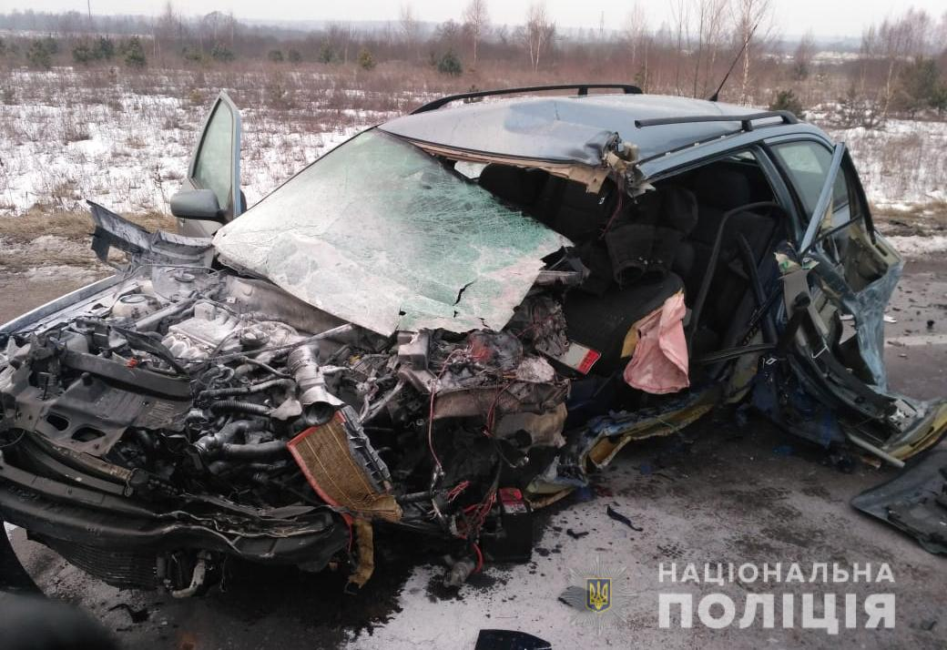 У Ковельському районі легковик врізався у вантажівку, є постраждалі. ФОТО