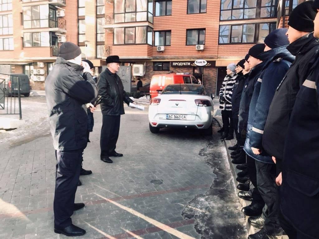 Рятувальники провели огляд багатоповерхівки у Луцьку