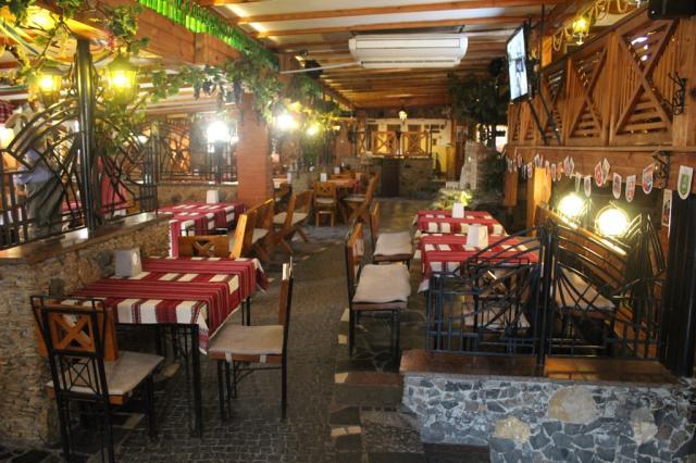 Визначили, як у Луцьку працюватимуть бари та кафе. ГРАФІК