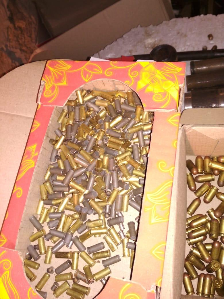 У Луцьку затримали торгівця зброєю. ФОТО