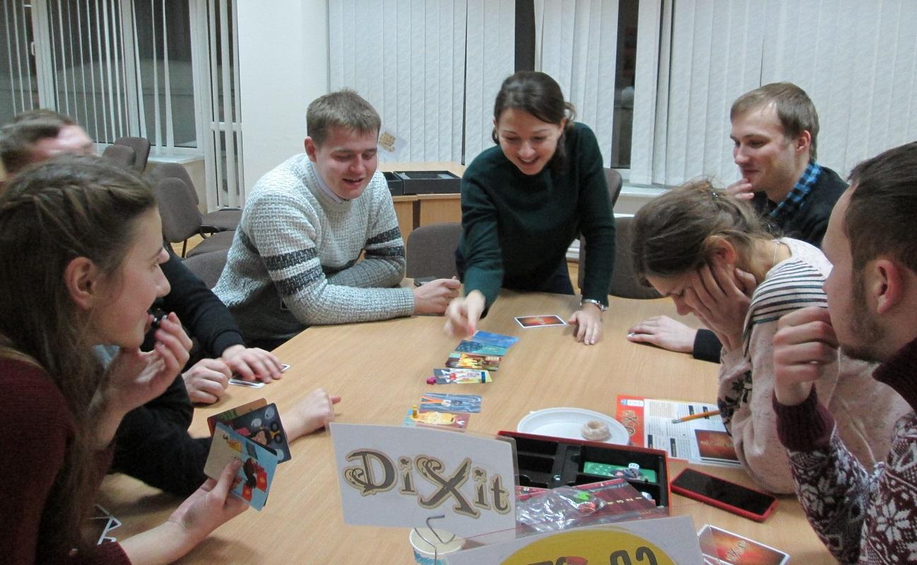 У Луцьку кличуть на восьмий благодійний захід з настільних ігор для підтримки онкохворих дітей