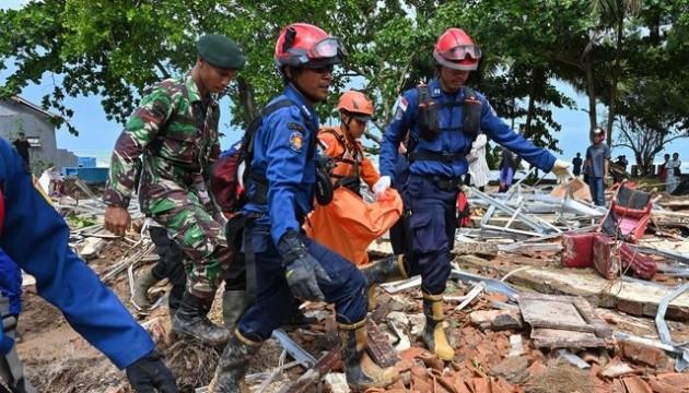 У Індонезії стався зсув ґрунту: загинули щонайменше 15 осіб