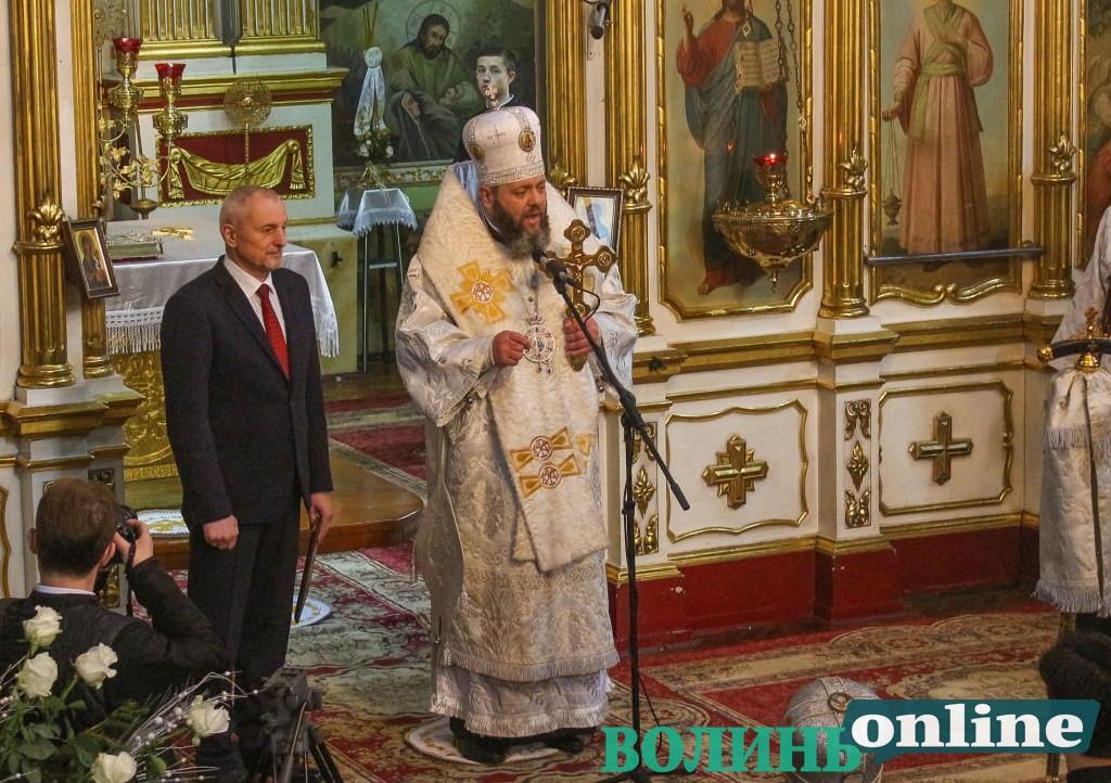 Різдво у Луцьку: владика Михаїл розповів, як колядував з Порошенком