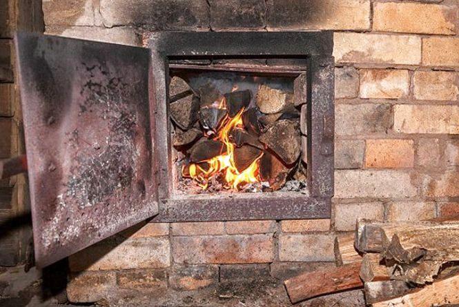 Волинянам розповіли, як правильно користуватись пічним опаленням
