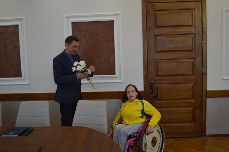 Волинянці вручили посвідчення майстра спорту міжнародного класу з пауерліфтингу