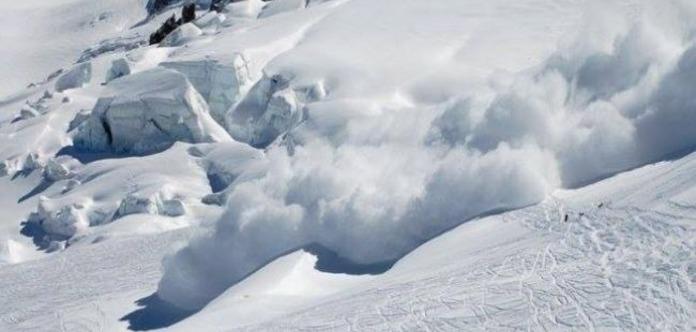 У Швейцарії в результаті сходження двох лавин загинули двоє людей