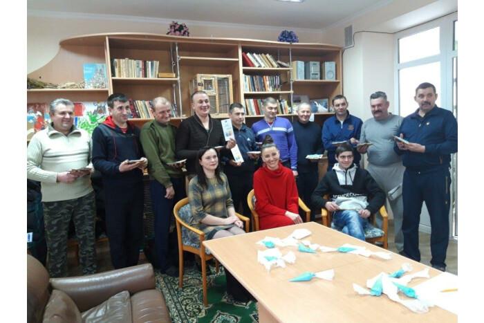 Працівники Луцького міського центру зайнятості побували в обласному госпіталі ветеранів війни