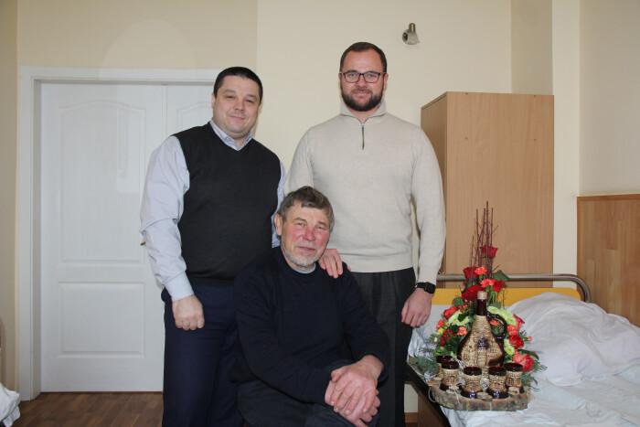 У Луцьку привітали з днем народження почесного громадянина міста. ФОТО