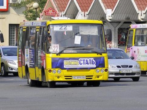 Студенти програли суд щодо пільгового проїзду у луцьких маршрутках