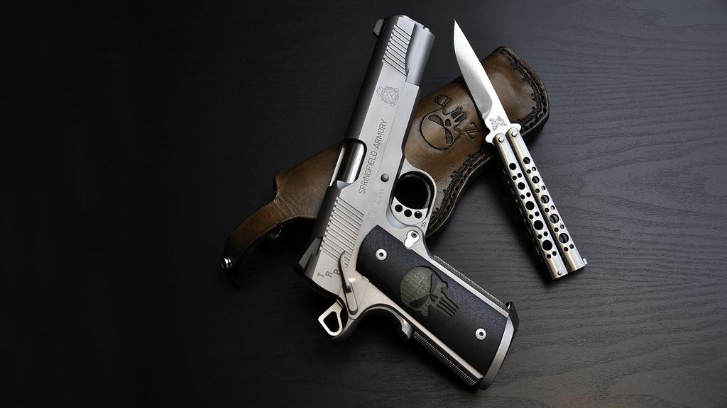 На Волині грабіжник вимагав гроші, погрожуючи ножем та пістолетом