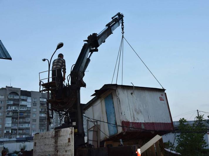 У Луцьку витратять понад 1,6 мільйона на демонтаж тимчасових споруд