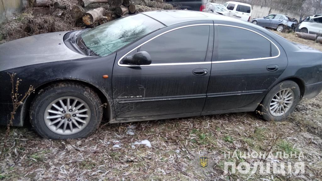 На Волині поліцейські виявили автомобіль із сумнівними документами. ФОТО