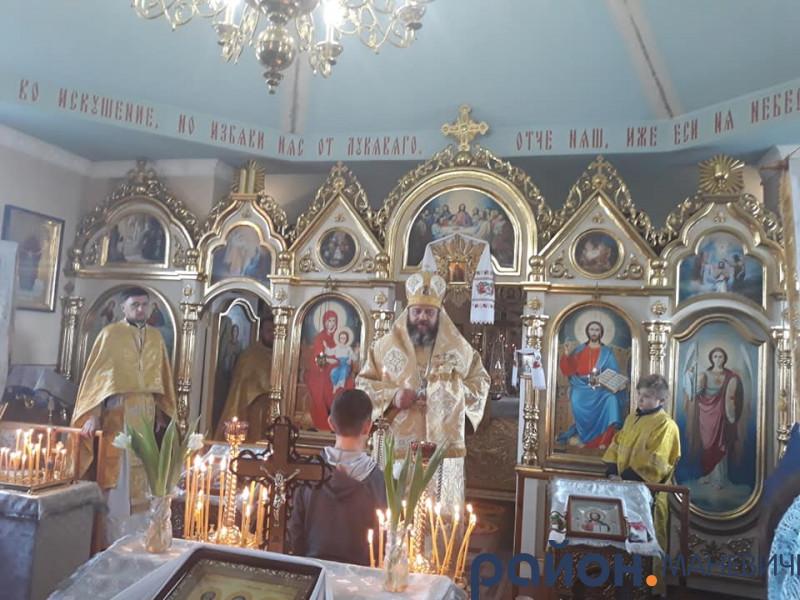 У волинському селі відбулась перша архієрейська Літургія в ПЦУ