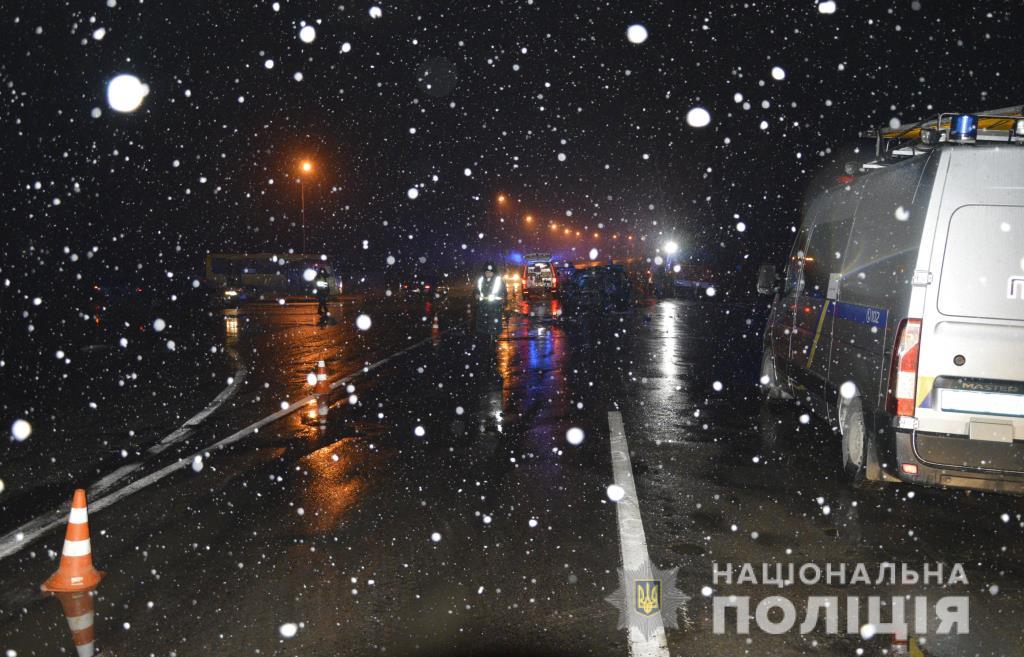 Поліція розпочала кримінальне провадження за фактом летальної ДТП під Луцьком. ФОТО. ВІДЕО