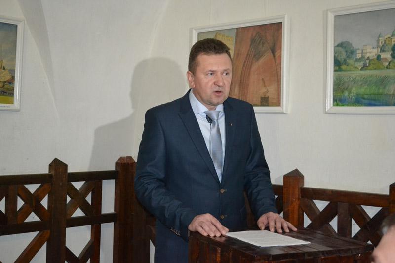Савченко нагородив почесною грамотою директора Державного історико-культурного заповідника у Луцьку
