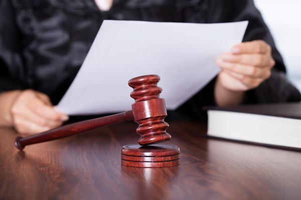 Волинську редакторку засудили через опитування про вибори