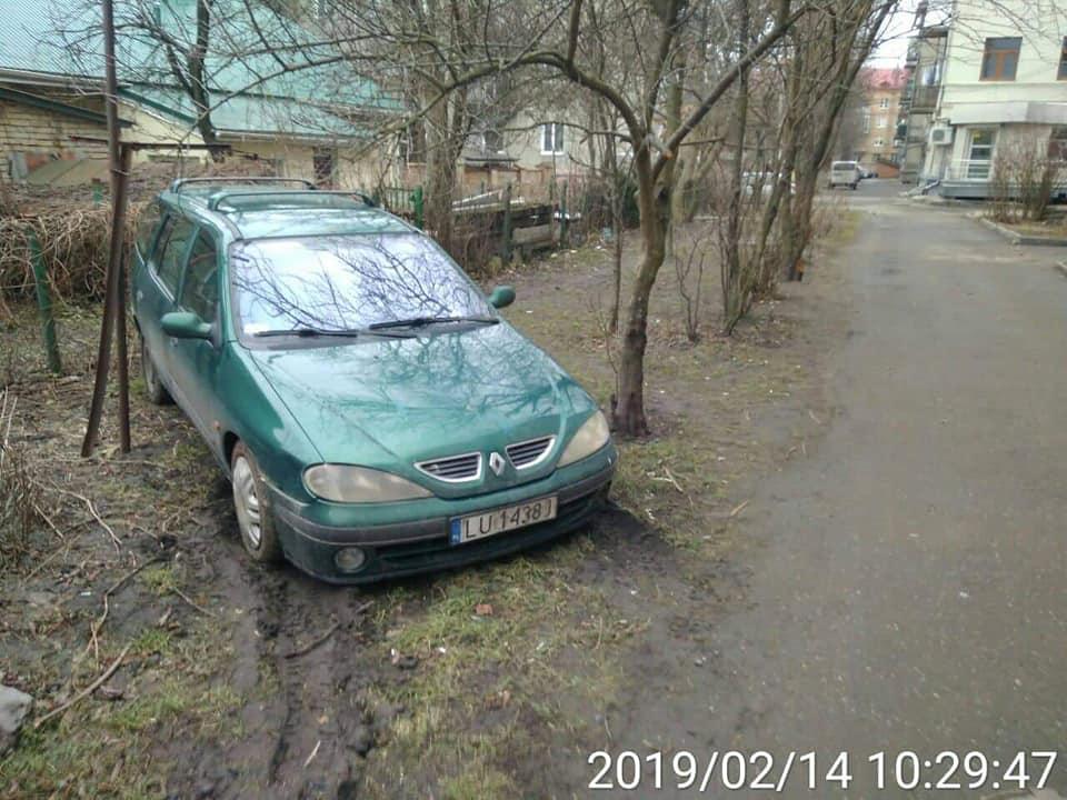У Луцьку виявили чергового «майстра паркування»