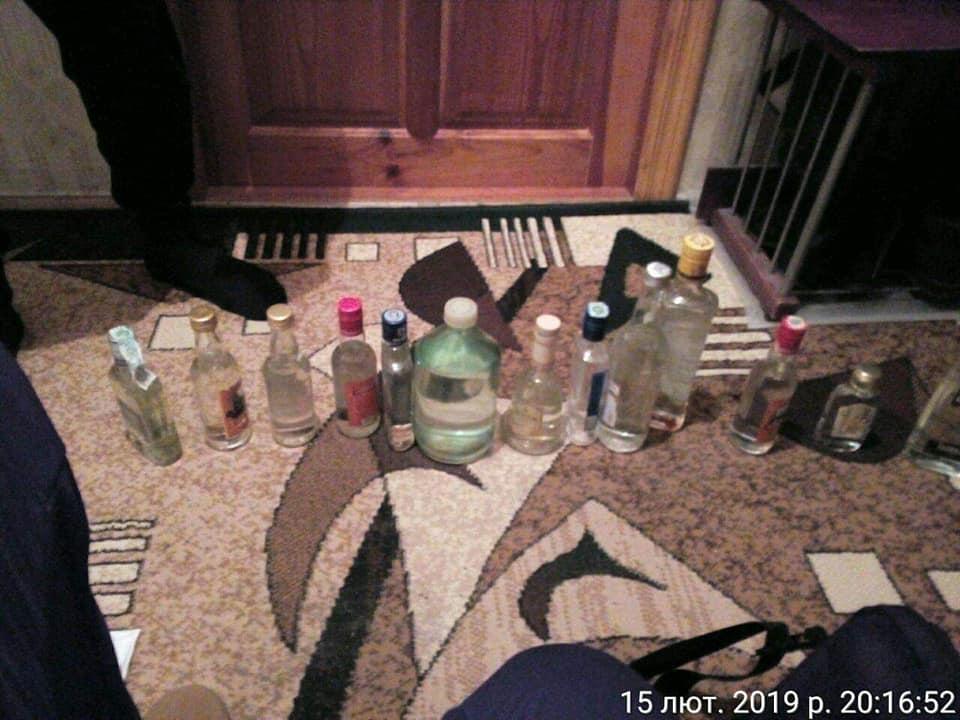 У Луцьку організували продаж «оковитої» у квартирі