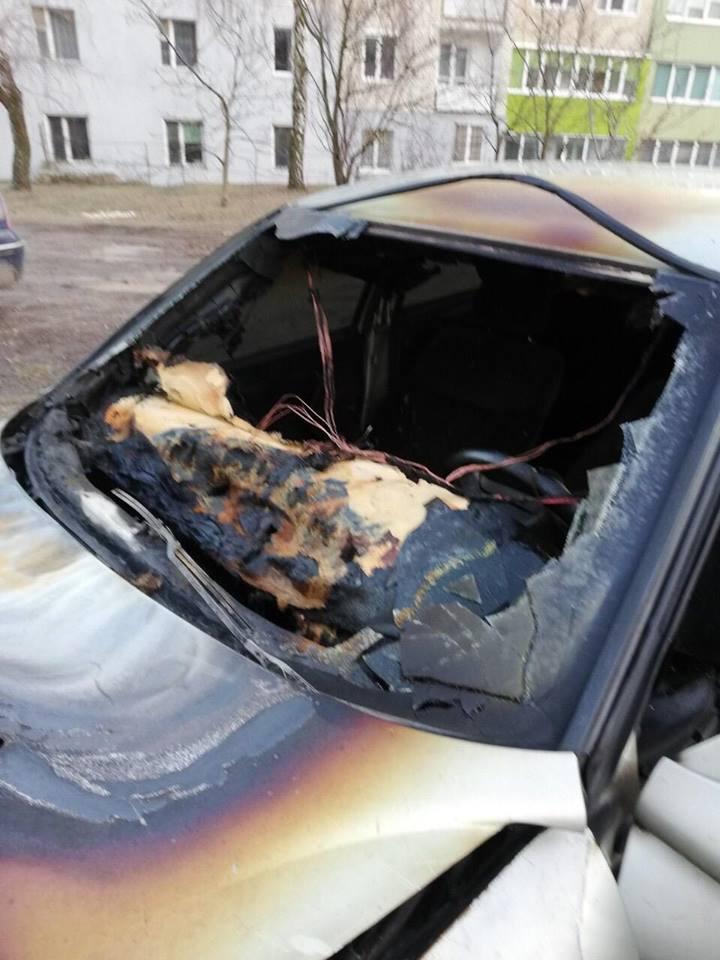 На Волині невідомі підпалили автівку інспектору Управління Держпраці