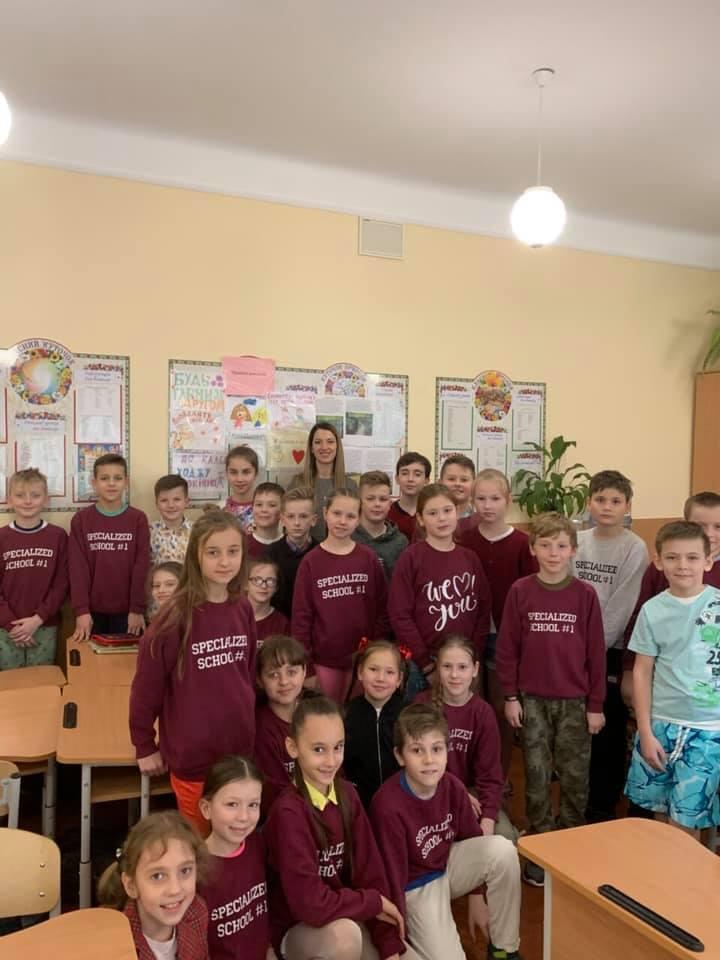 У Луцьку прокурор розповіла школярам про відповідальність за булінг