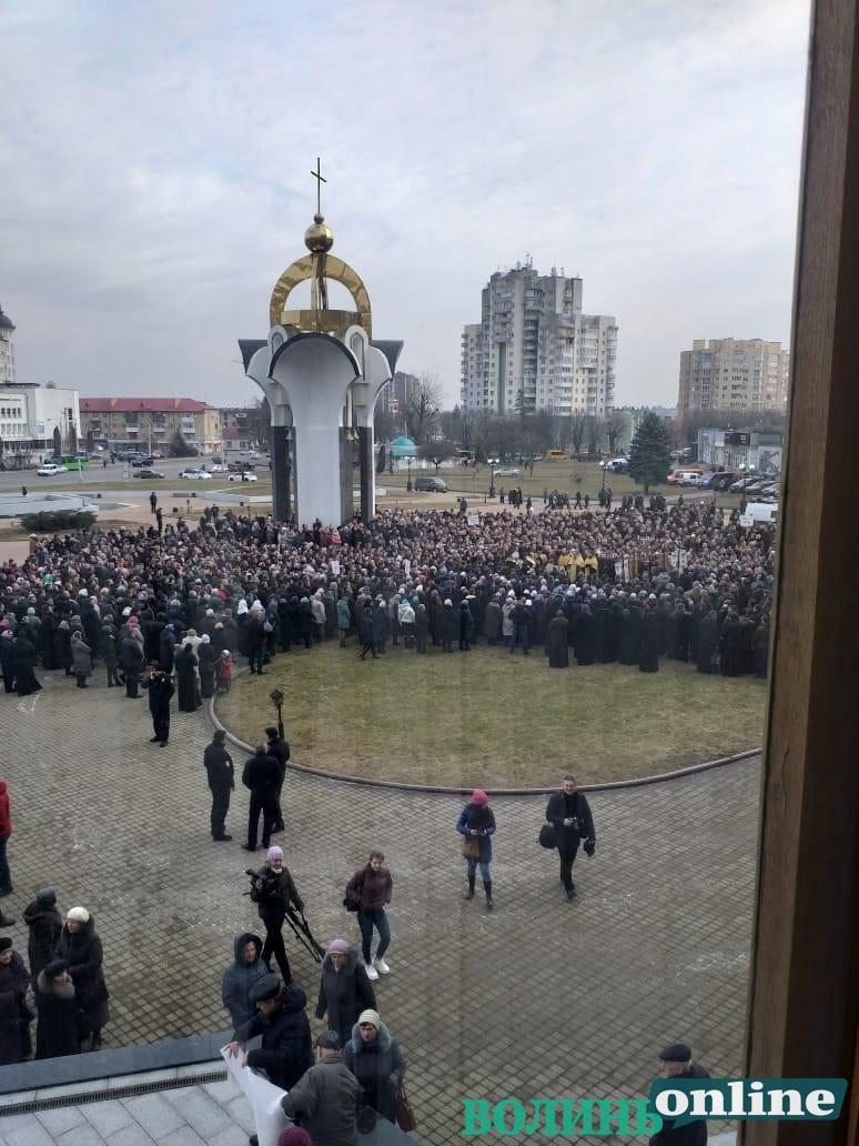 УПЦ МП висунула свої вимоги до Палиці та Савченка