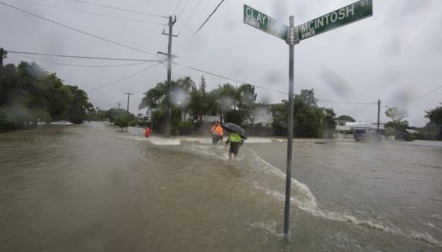 В Австралії через повінь евакуювали декілька тисяч людей