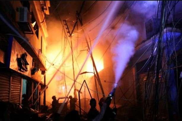 Унаслідок пожежі у столиці Бангладеш загинули щонайменше 70 людей
