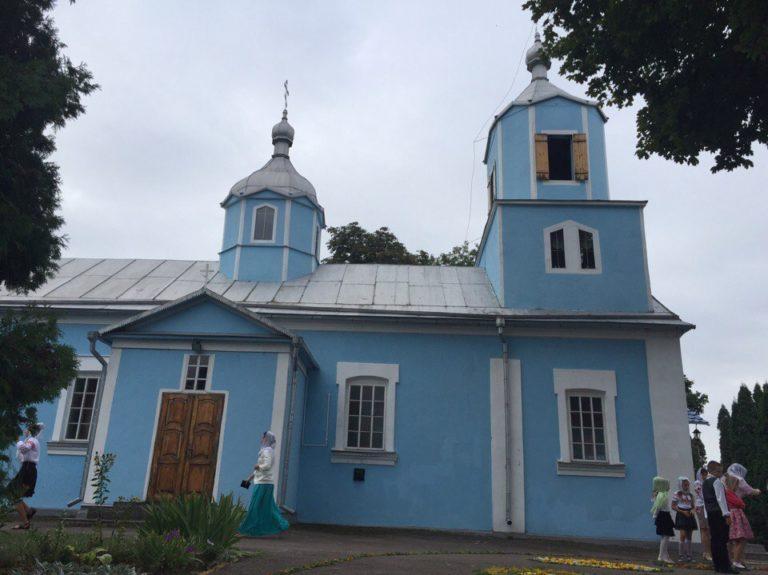 У Московському Патріархаті заявили, що сільський голова очолив захоплення церкви