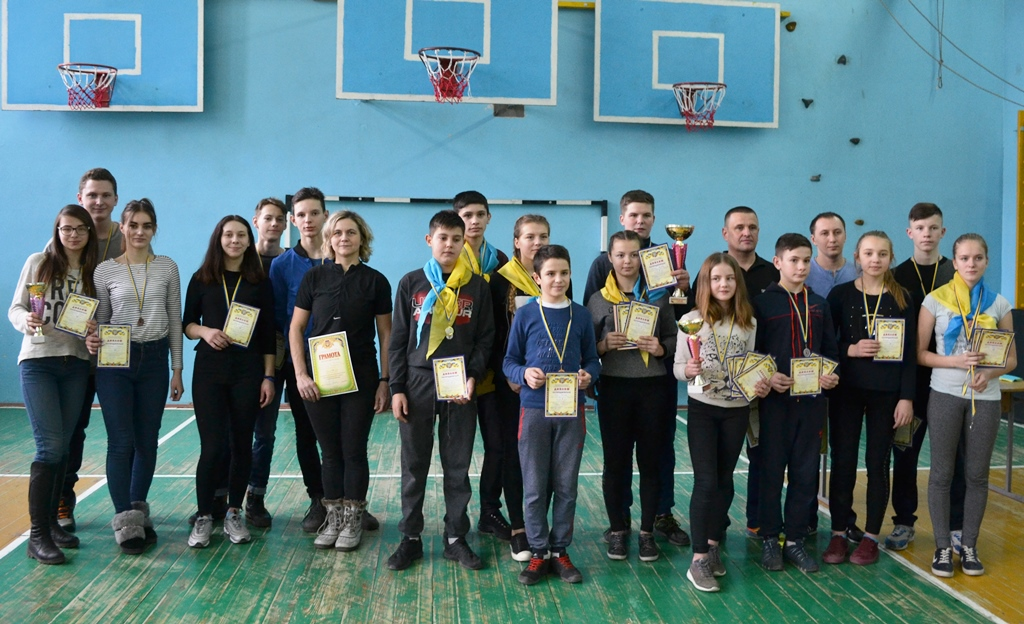 На Волині за звання чемпіона з туризму змагались близько 50 спортсменів. ФОТО